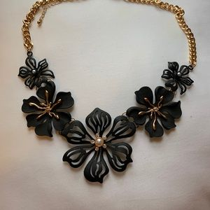 Torrid statement necklace black and gold tone